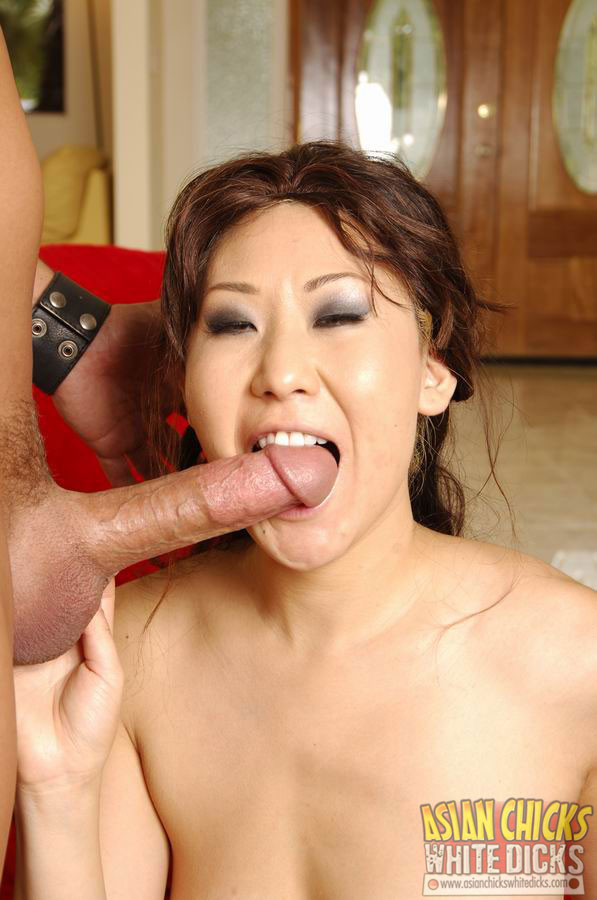 image Asian slut in white lingerie gets her wet hairy cunt licked then gives head