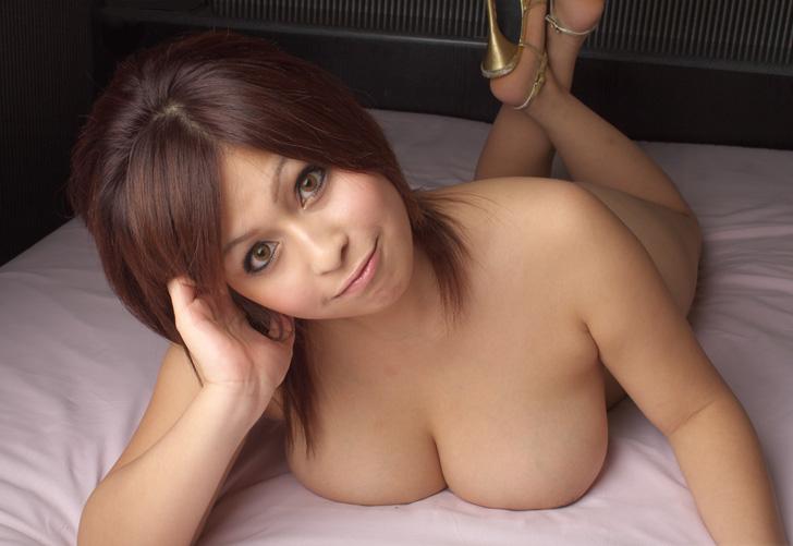 японки с большой грудью голые фото