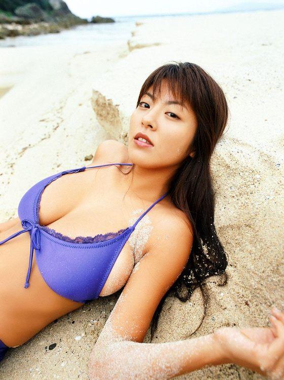 Babe beach bikini boob harumi idol japanese nemoto sexy tit