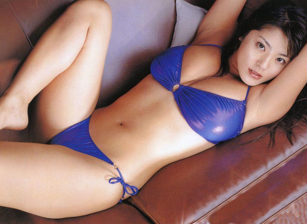 A super sexy curvy naked ass 3