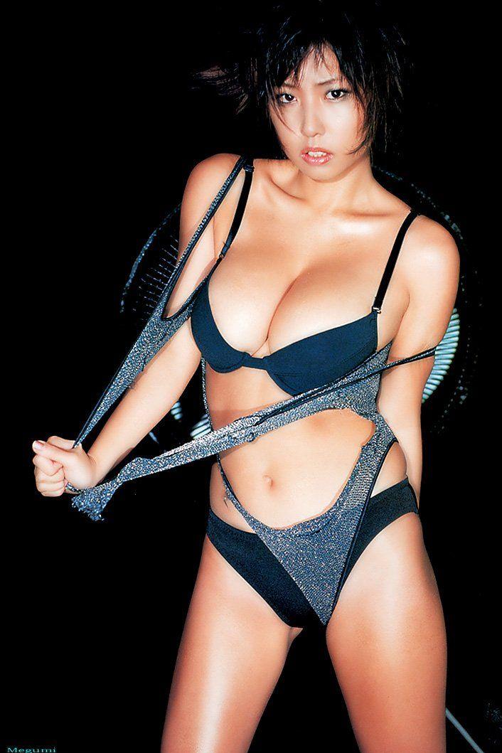 BustyAsians Megumi めぐみ Model Megumi posing her natural big tits in sexy black lingerie