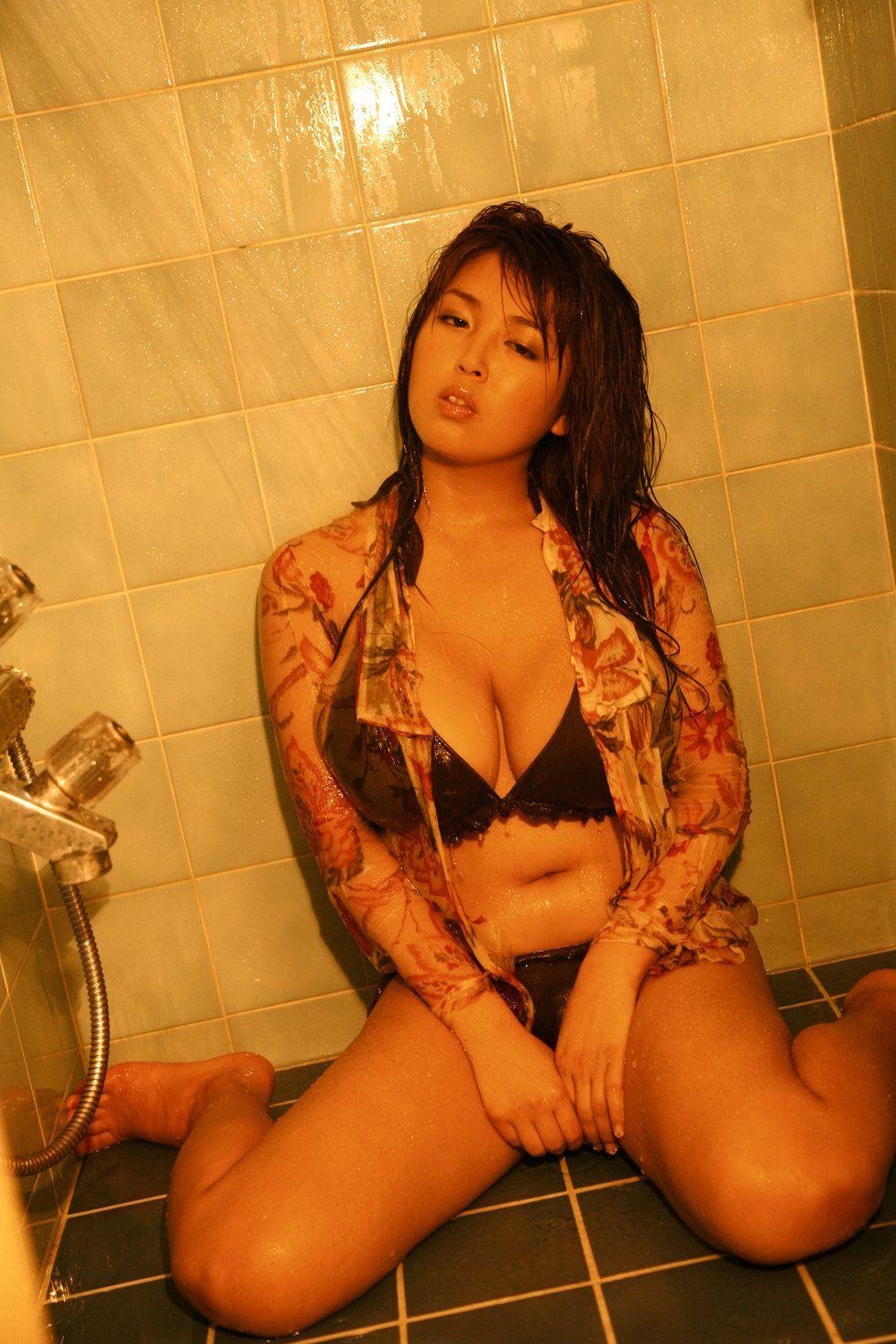 ourei Japanese girl harada busty