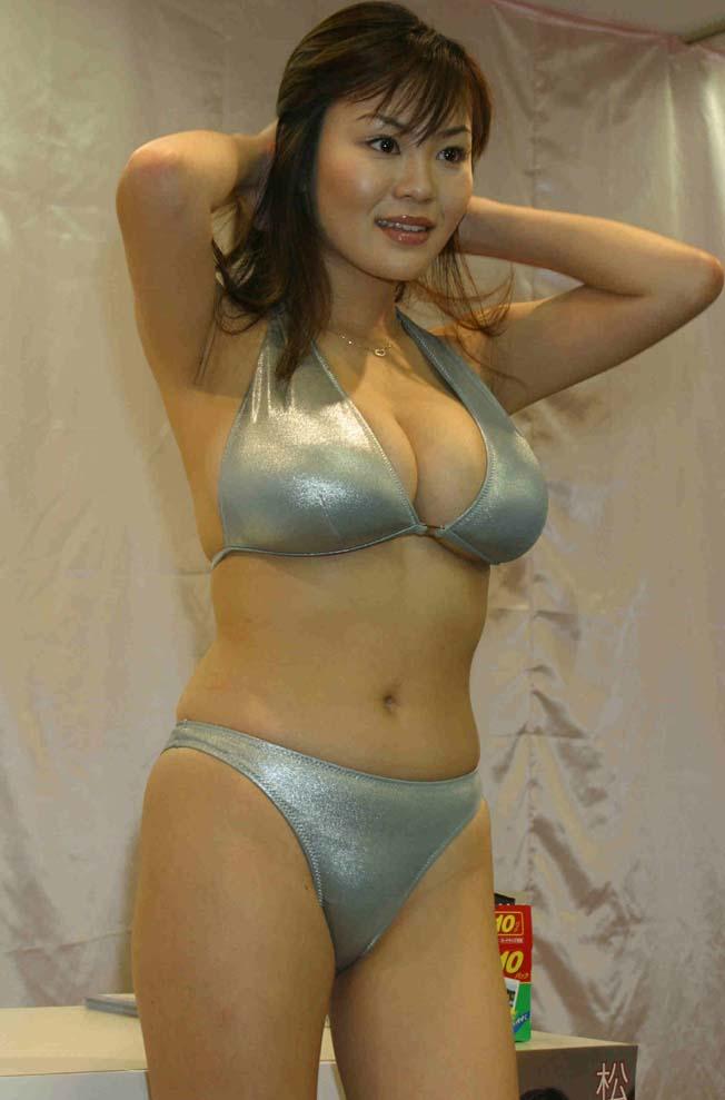 free lesbian nude webcams