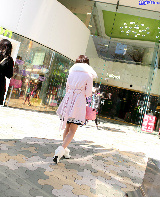 Image URL: http://www.jjgirls.com/japanese/amateur-hinako/1/amateur-hinako-1.jpg  Click to view this fusker