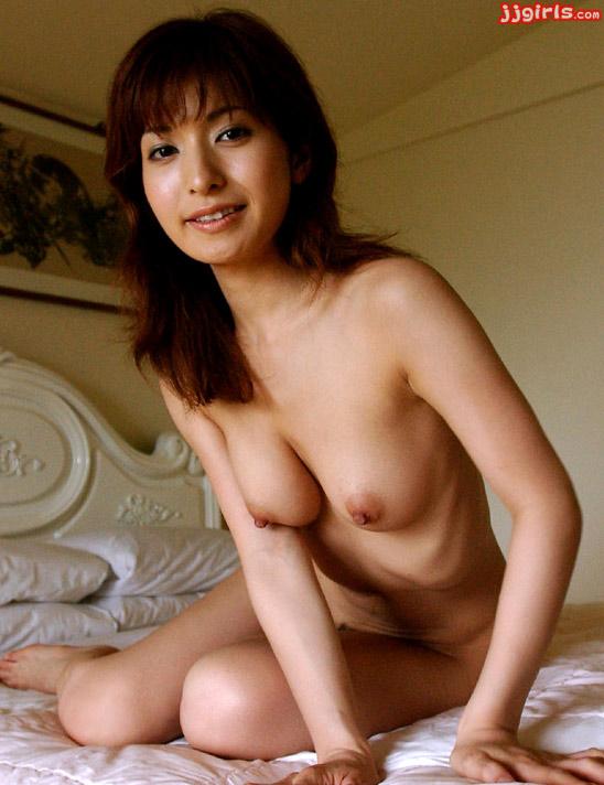 khloe kardashian nude playboy