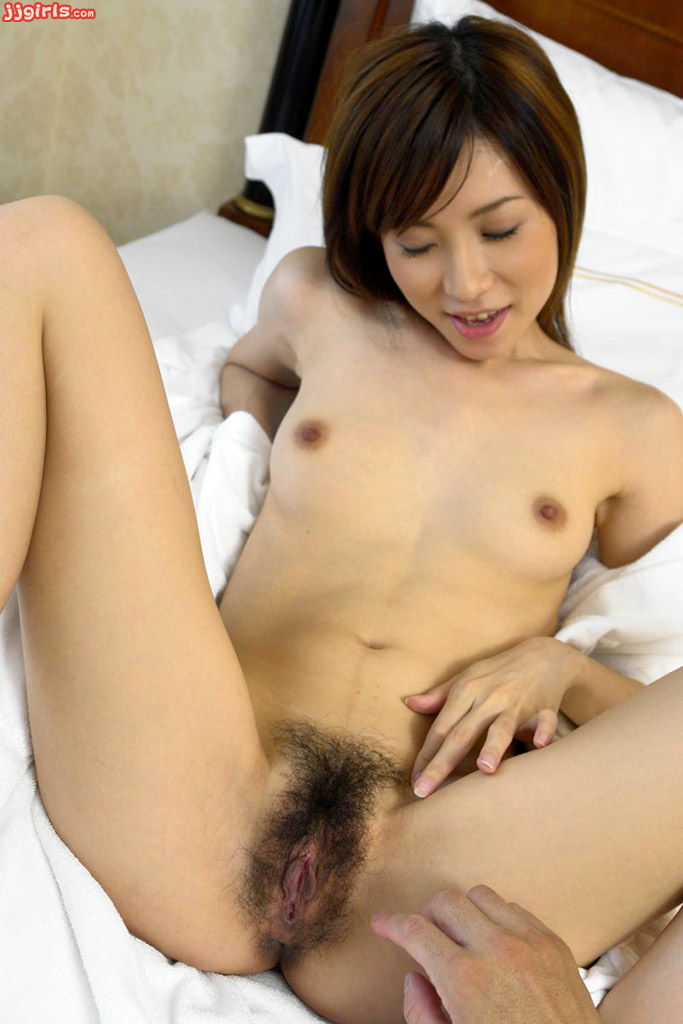 Airi hot asian model enjoys showing off 2