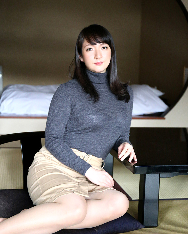 chisato namiki phat ass pretty lady gravure girls idols