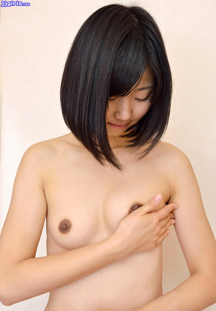 Momo Shiina nude photos