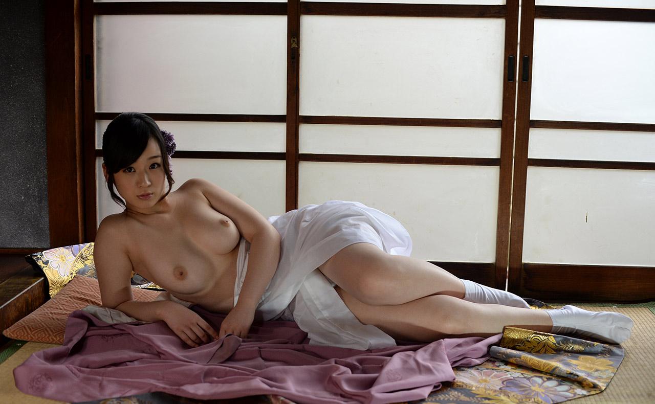Lisa ann sexy geisha girl gets nude