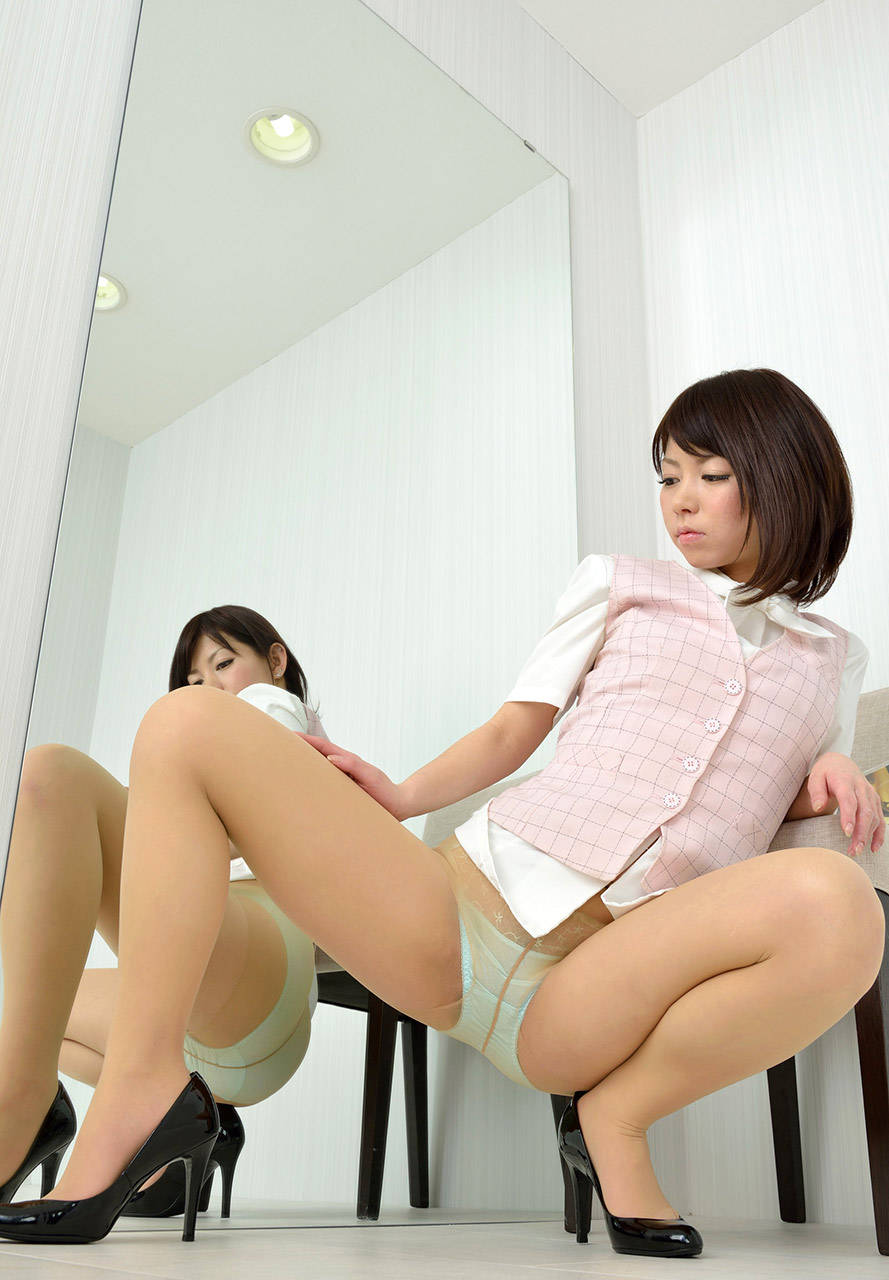jjgirls panty pussy http://www.jjgirls.com/japanese/haruka-akina/