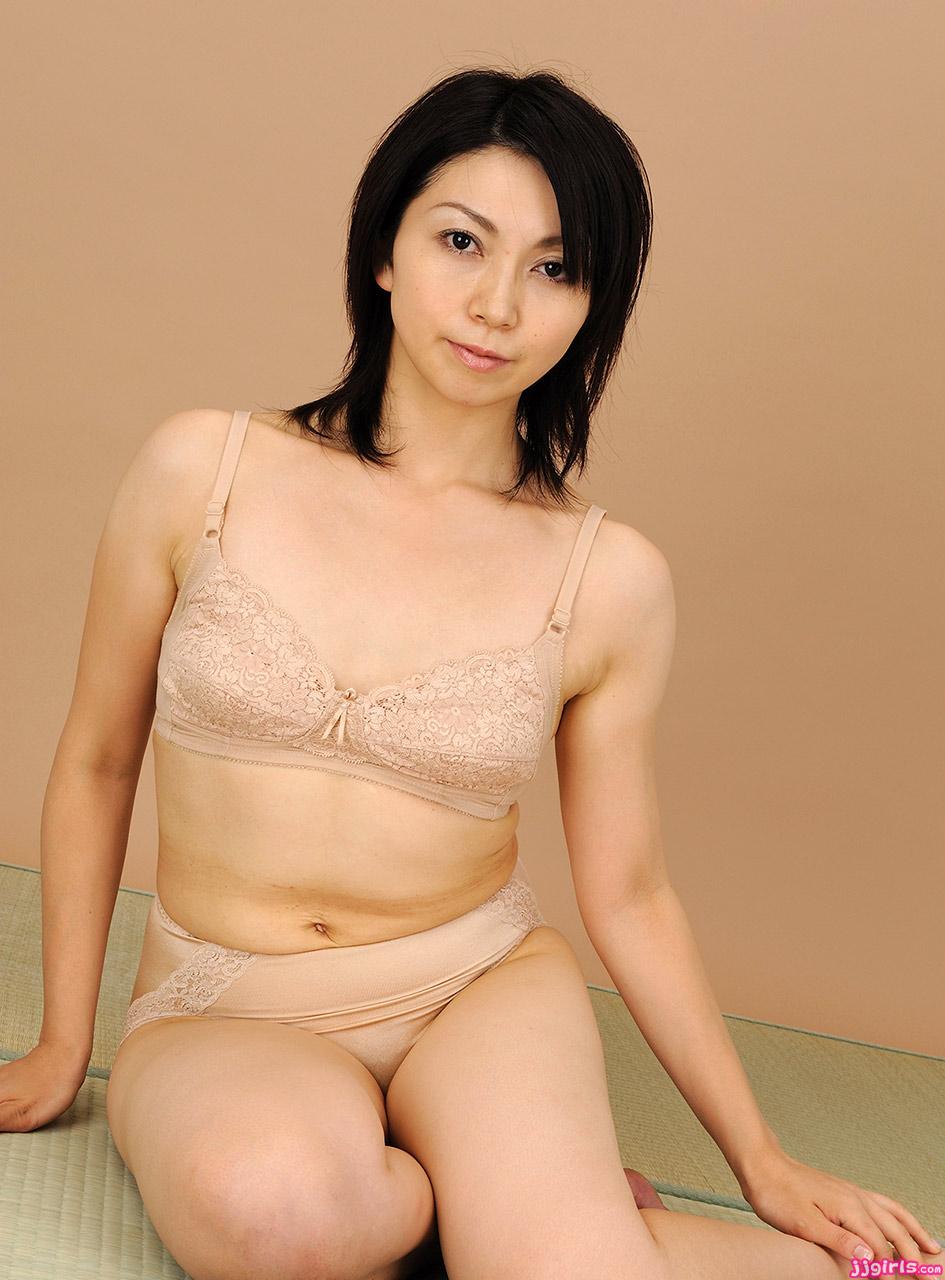 AV女優新尾きり子 ... 新尾きり子 ...