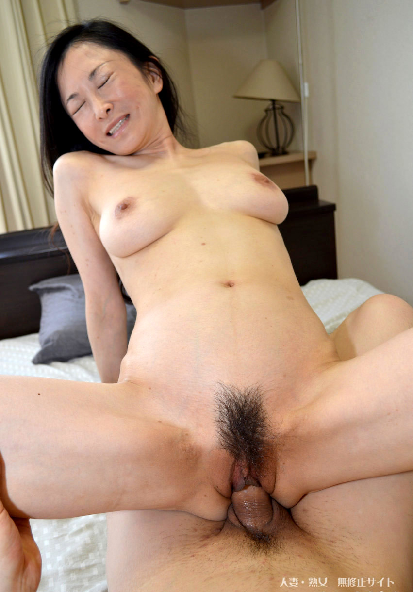 Rie yokoyama sexy tits sequence in greenhouse - 1 part 3