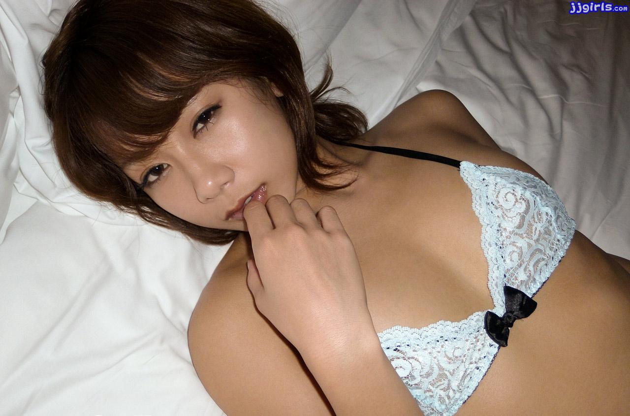 Hot Japanese AV Girls Miki Shinjo 新城美稀 Sexy Photos Gallery 4
