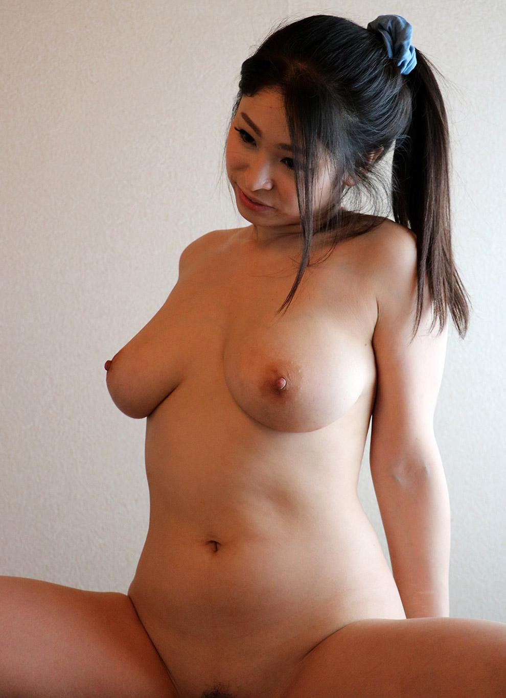 Cute chubby girl nude