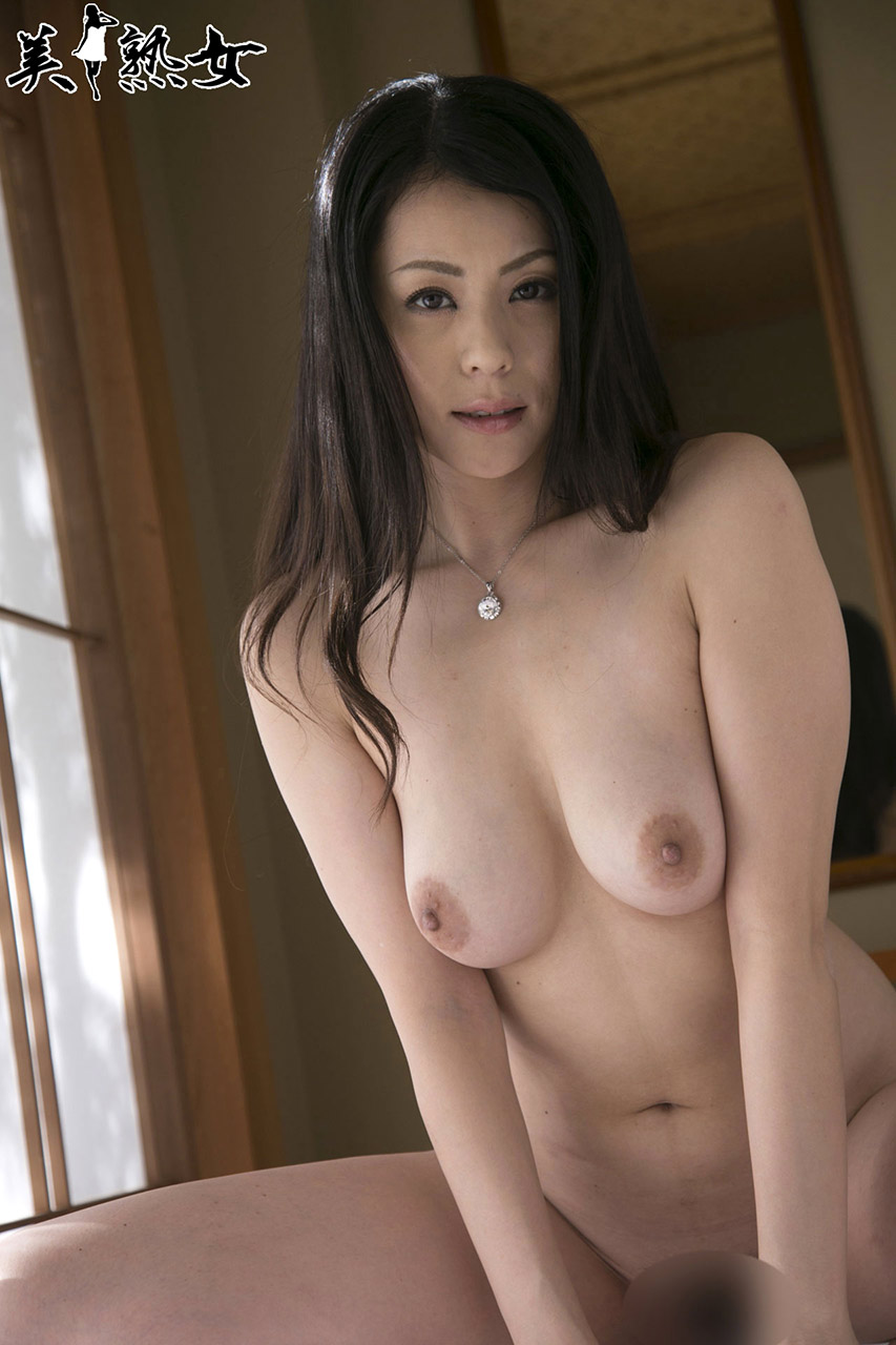 Hot Japanese AV Girls Nana Aida 愛田奈々 Sexy Photos Gallery 16
