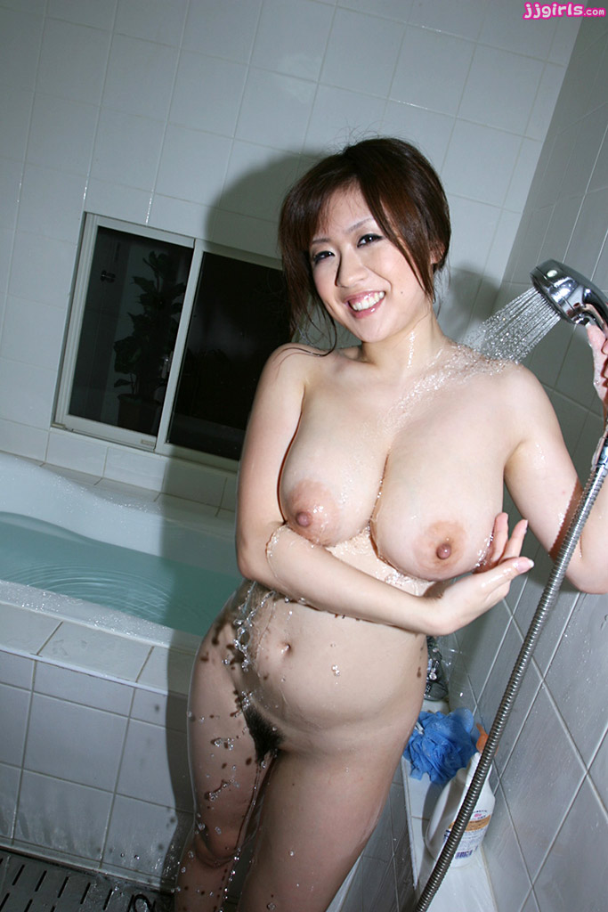 nana aoyama nude