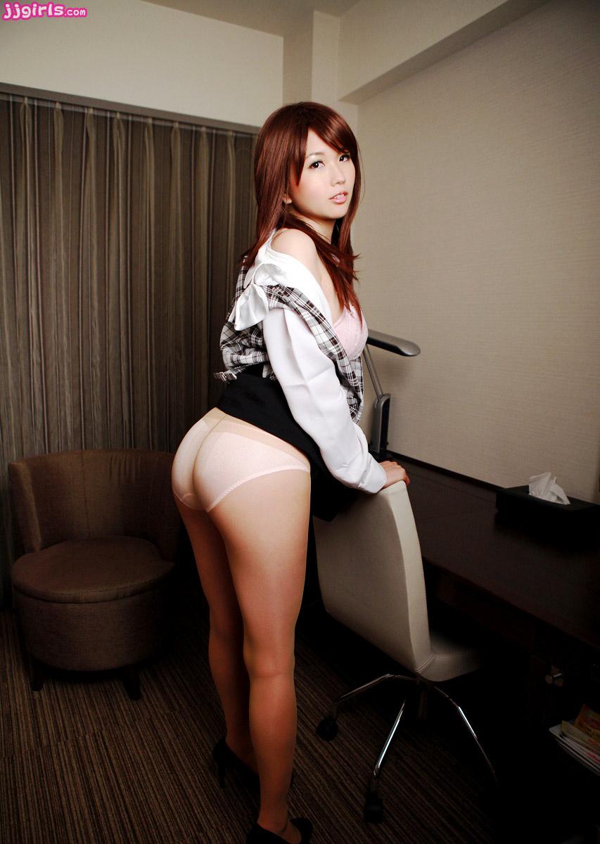 [日系精品] 好漂亮的小秘書希望大家都能擁有這麽出色的助理 - 第1张    性趣套图