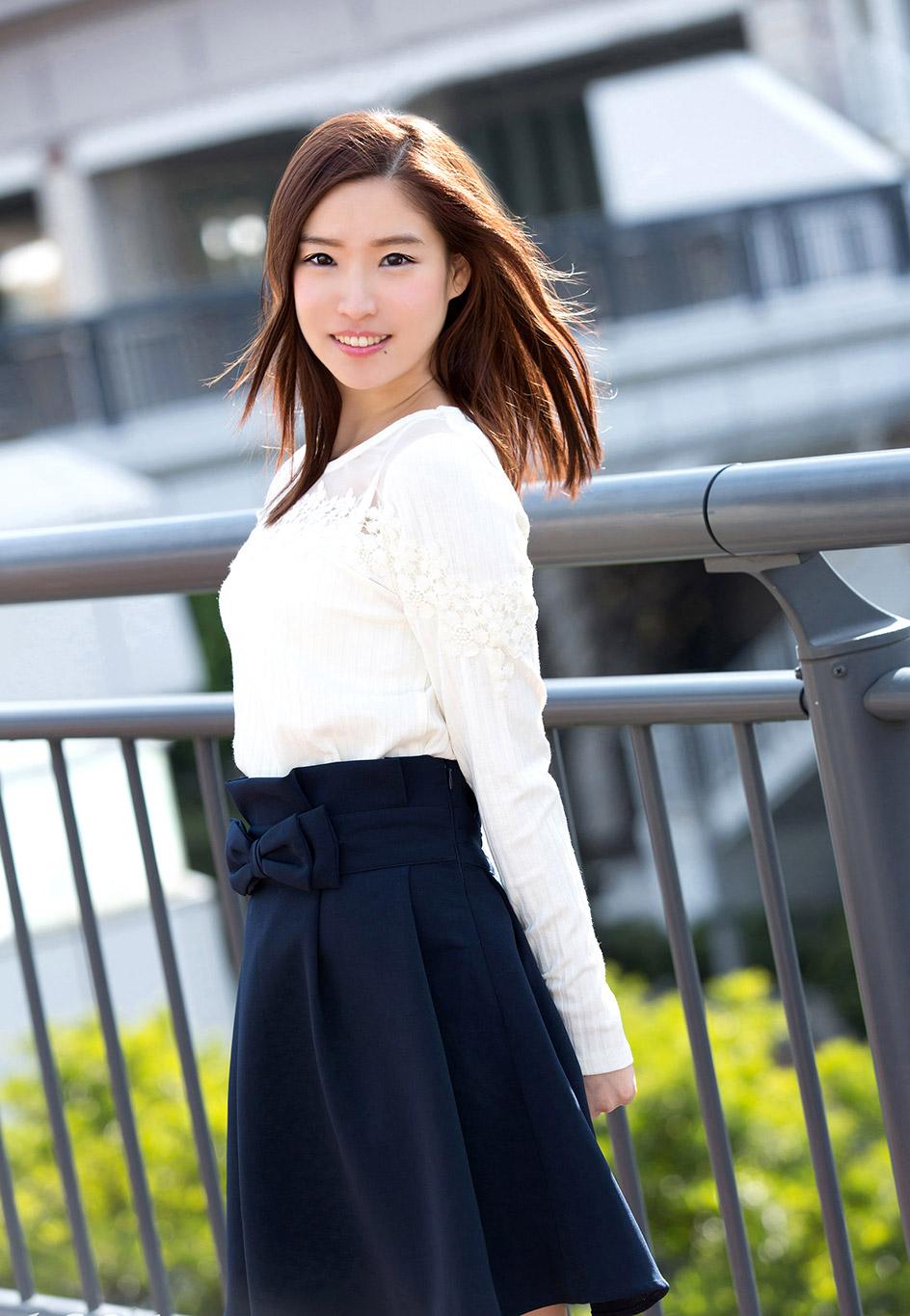 http://www.jjgirls.com/japanese/rena-sasamiya/1/rena-sasamiya-1.jpg