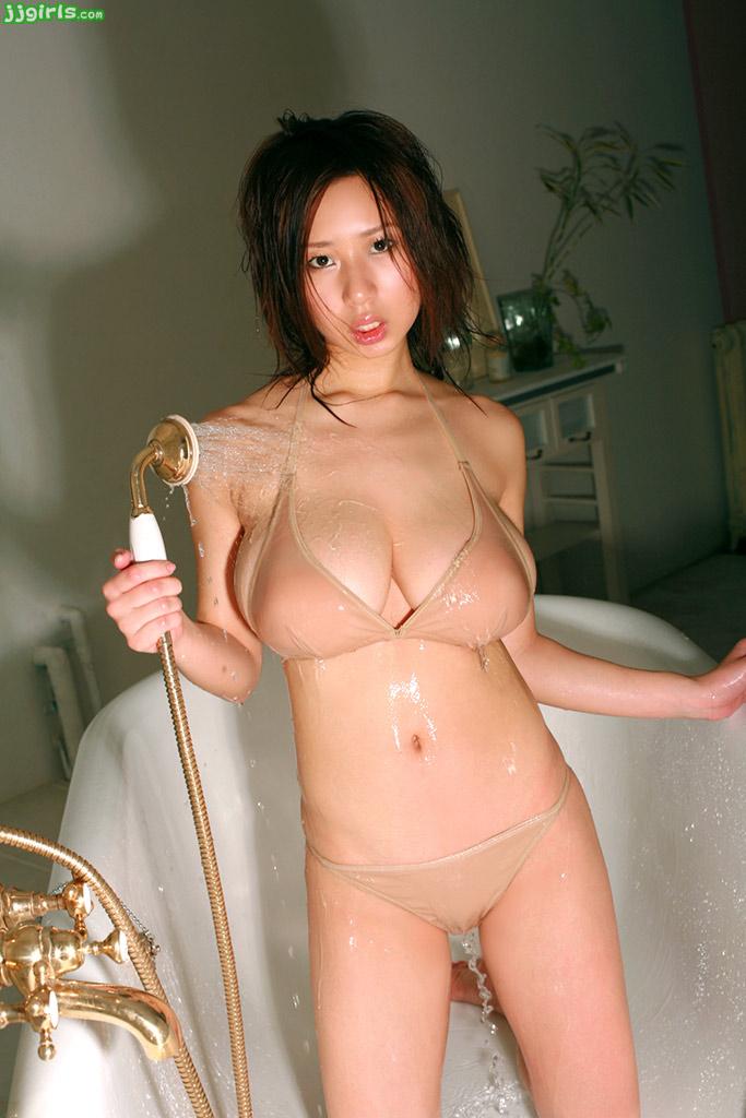 Michelle lukes nude pics