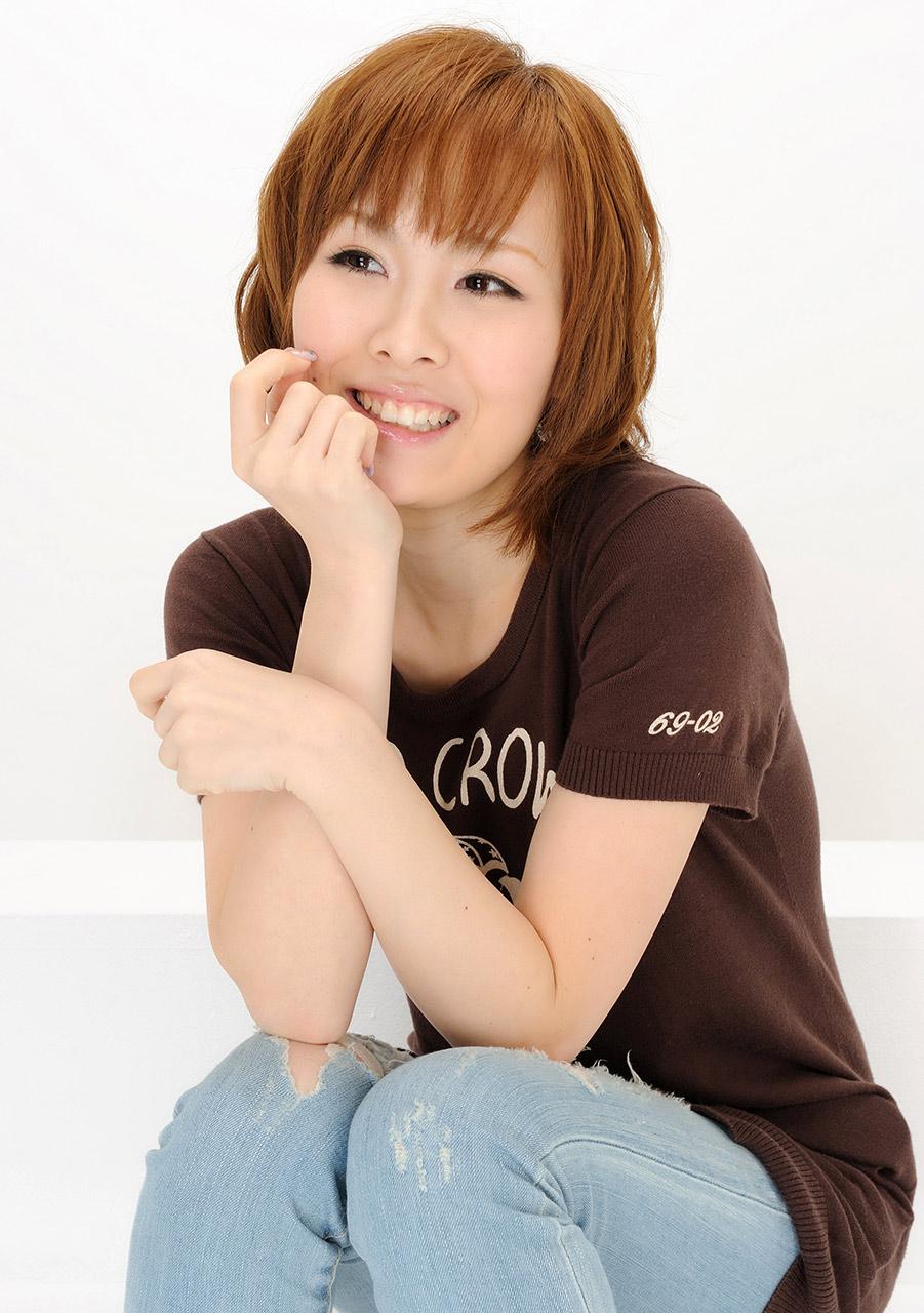 Aoi kojima jav teen idol debut teases in the shower flash 5