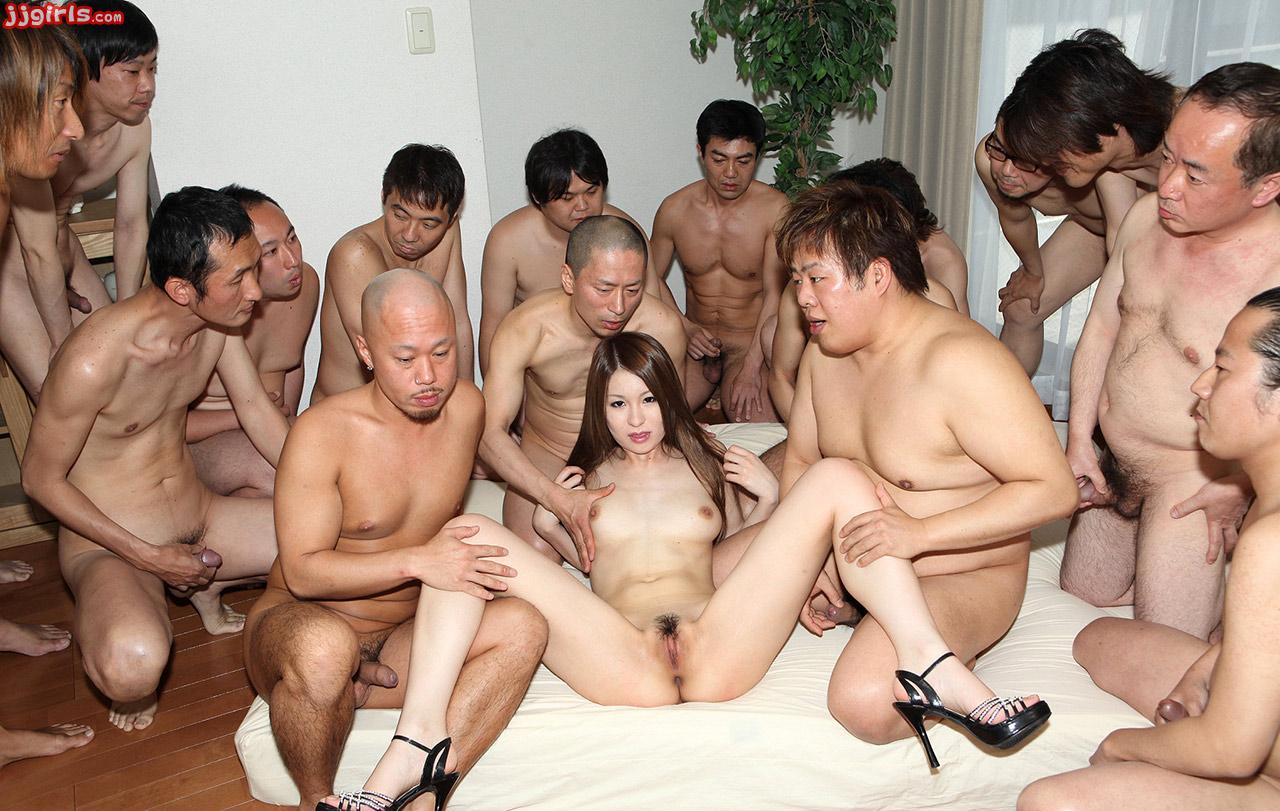 porno-kitaytsi-tolpoy