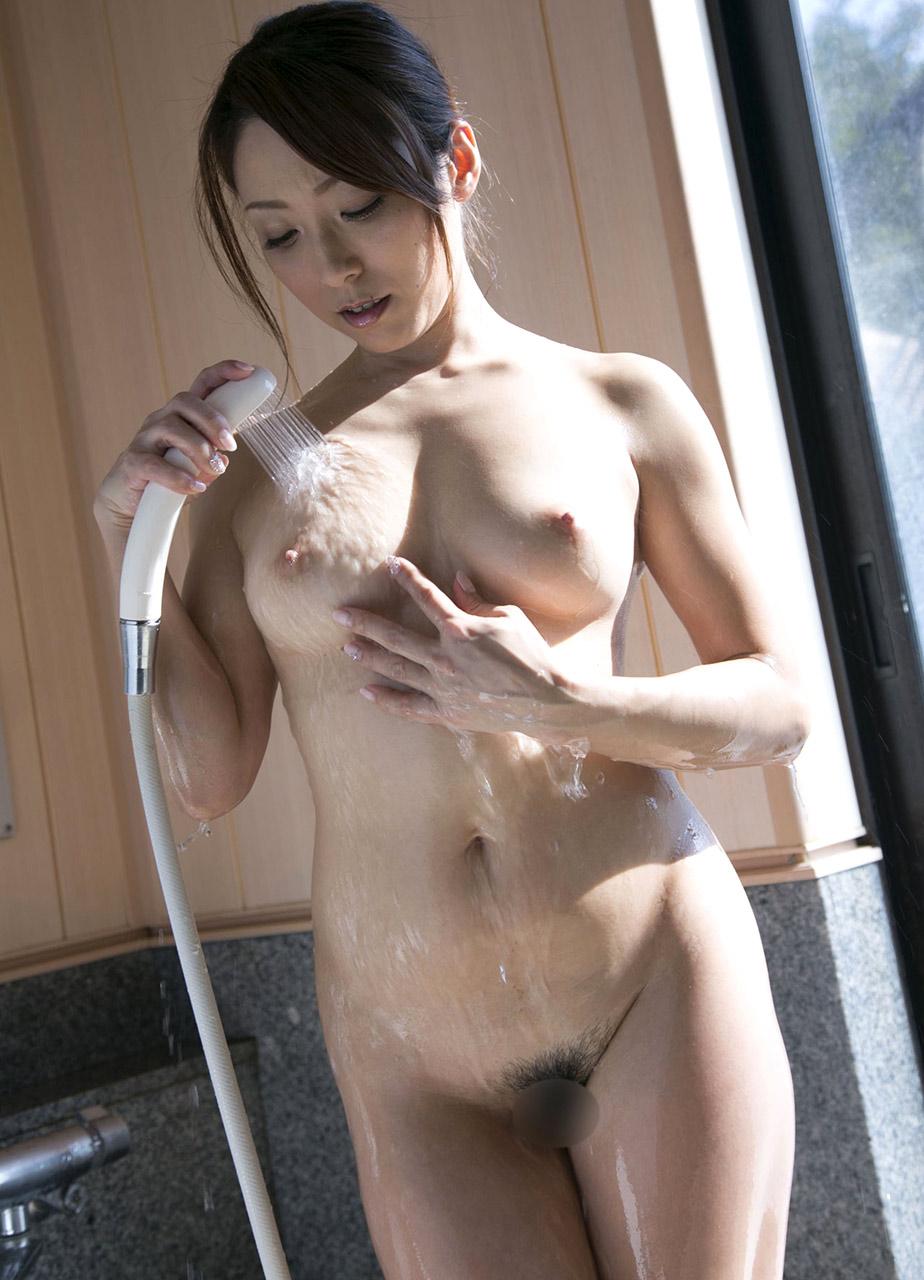 Yuuko Shiraki NUDE