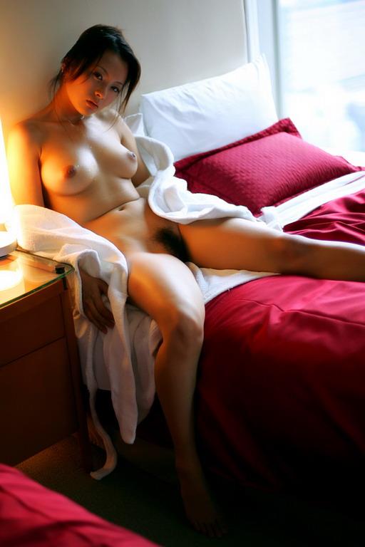 Beautiful Solo Asian Model Wu Muxi Striptease Nude