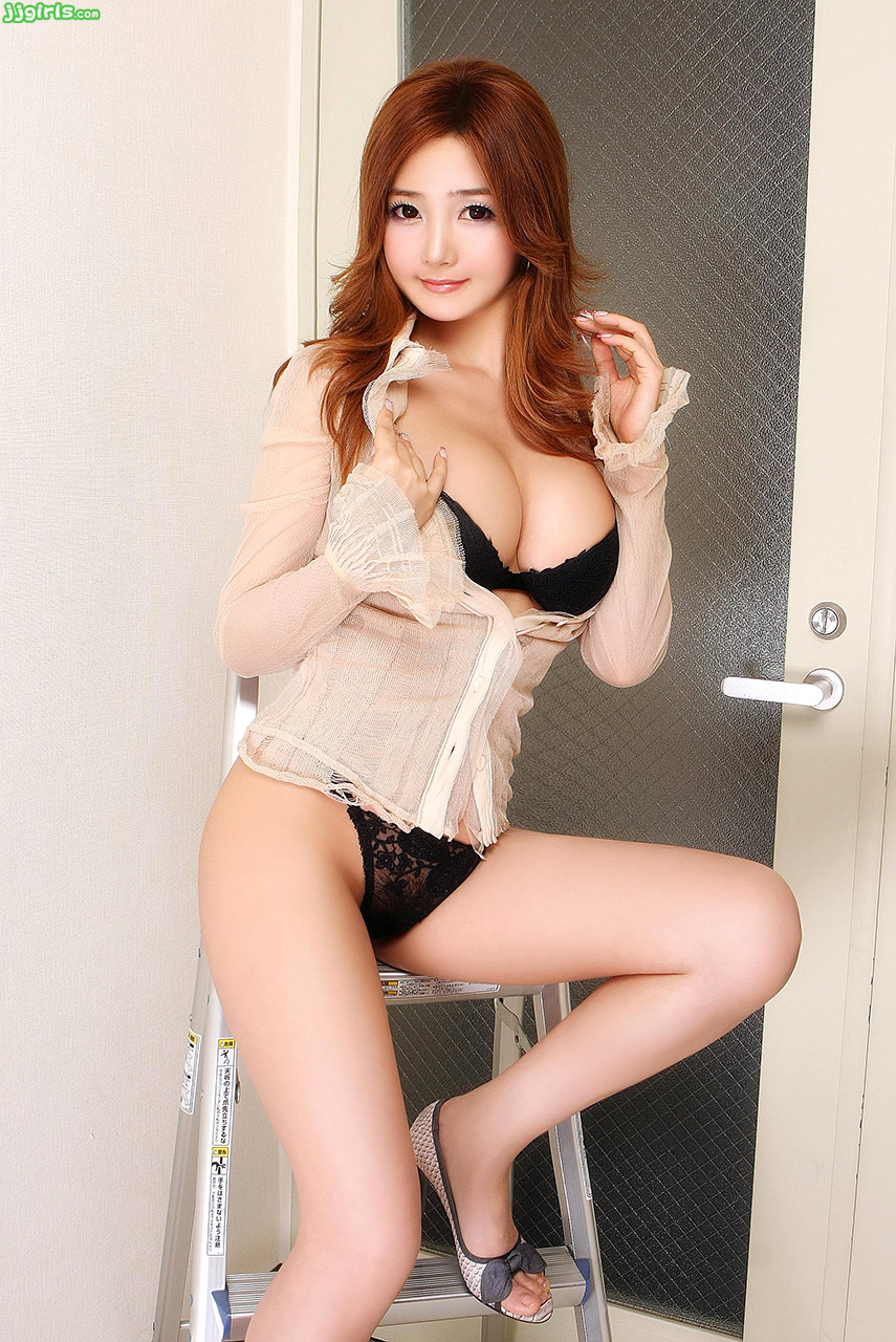 Korean Super Model Bigboobs Korean 韓国娘の画像 Sexy Photos ...: www.jjgirls.com/korean/bigboobs-korean/25