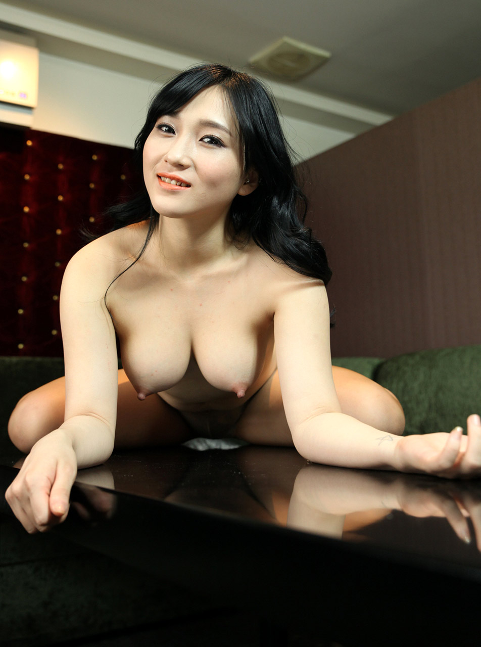 sexy naked girls from korea