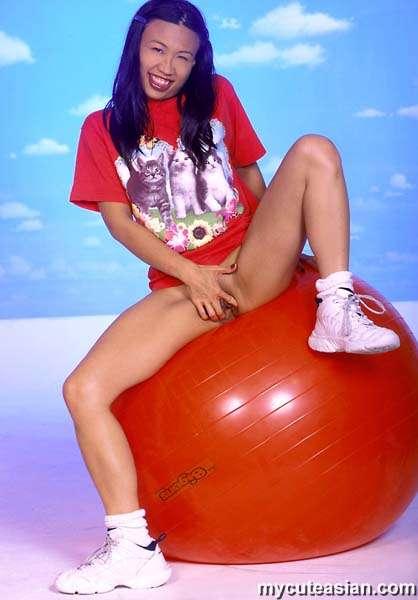 Balloon play cute asian girl striptease 10