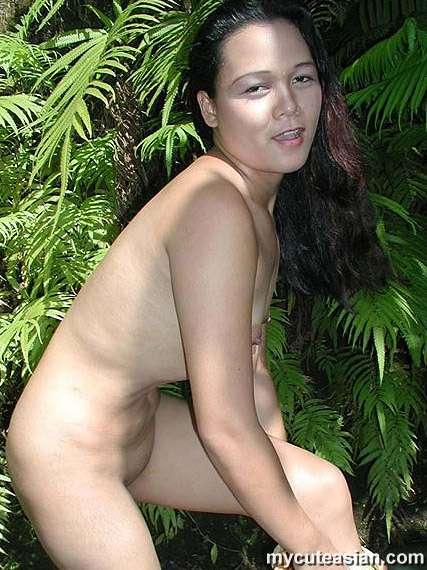 Young nude guys masturbating