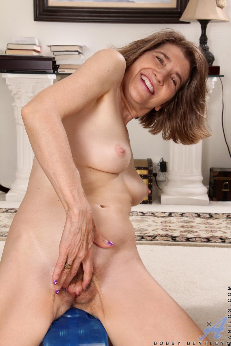 anilos bobby bentley hot girl nude gallery