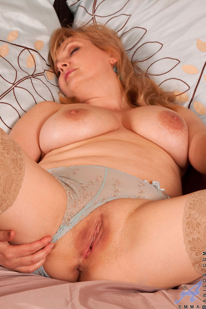 blondinka-spyashaya-porno-video