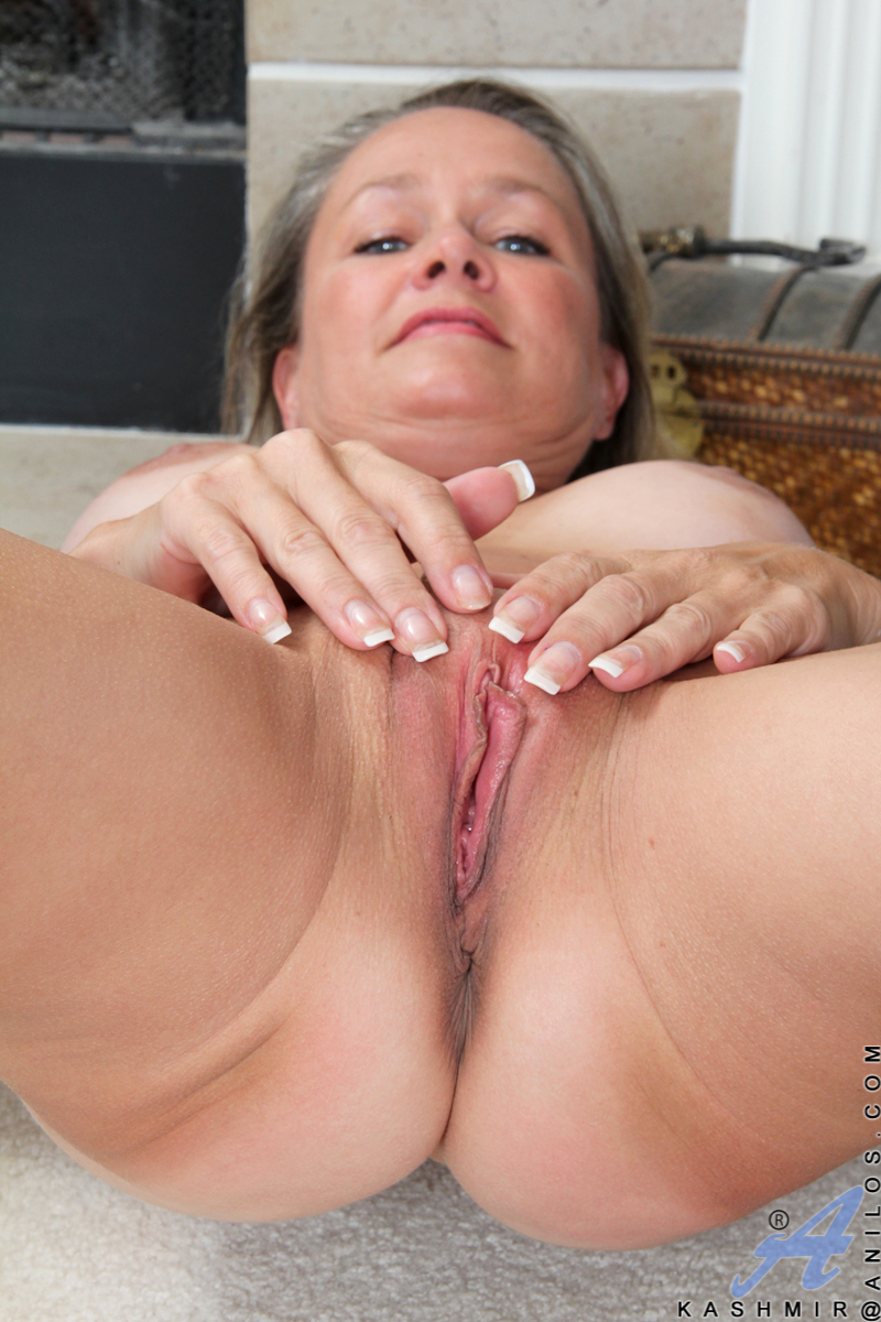 Old beauty sex mature