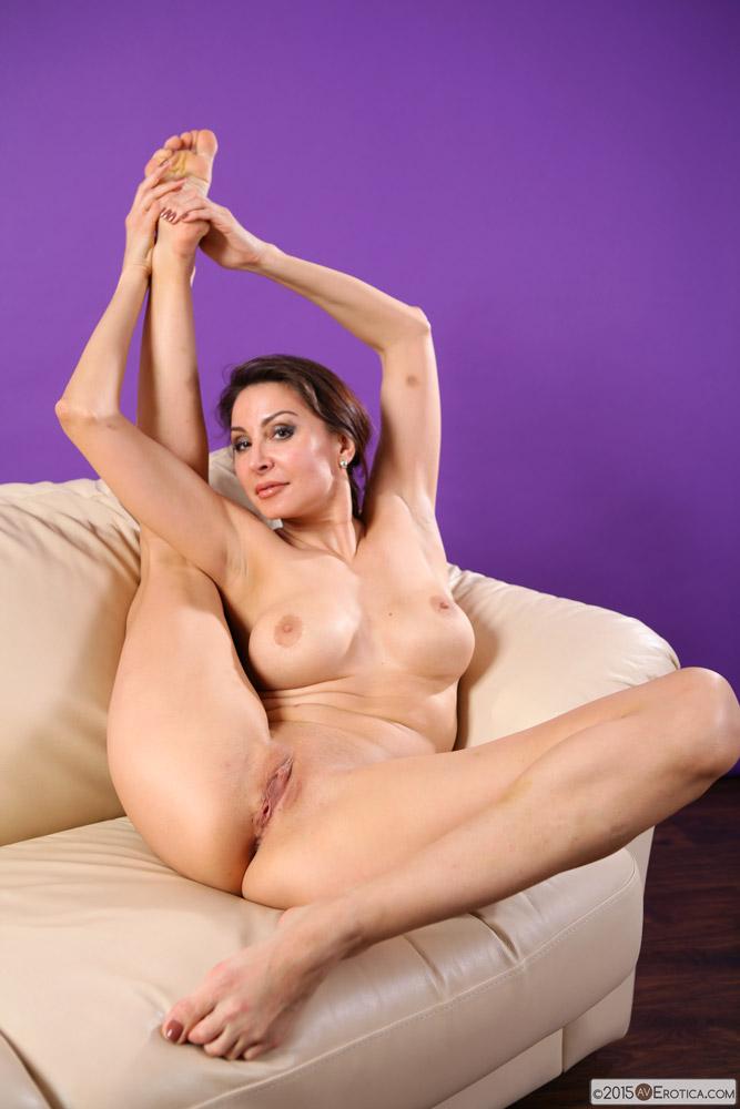 free mature female porn