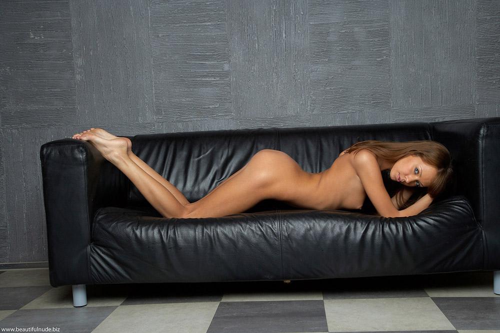 Cloe Nude Pleated Leather Barrel Chair