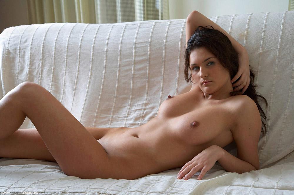 nude beautiful girl video