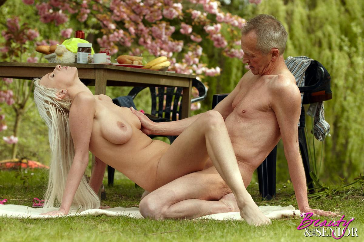 Most Popular Beauty And The Senior Sex Porn Pics