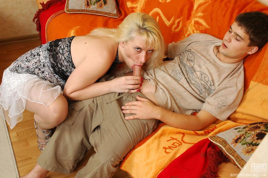 мастурбирующие мамаши фото