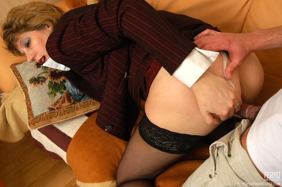 Порно Зрелых В Одежде Русское Скачать