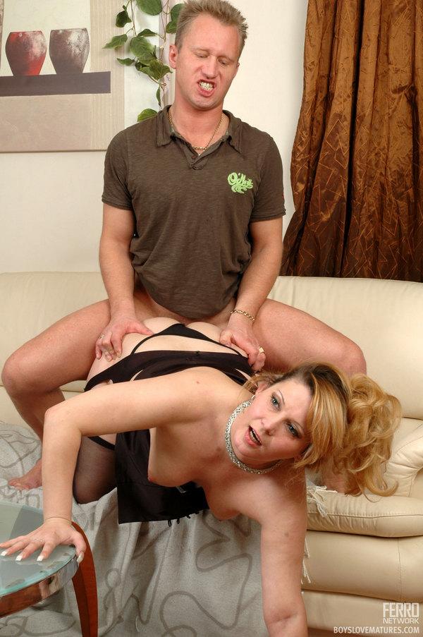 Butch lesbian trainer seduces shy trainee girl free pics