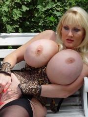 Bubble butt anal cum whores