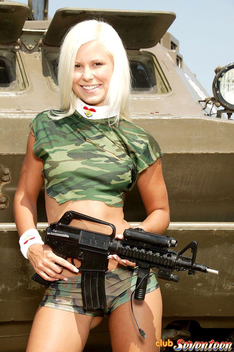 cosplay beautiful nude girl