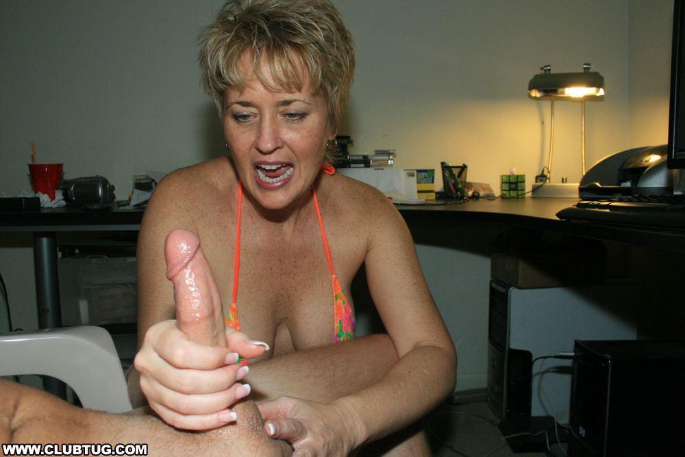 Homemade Handjob Cum Tits