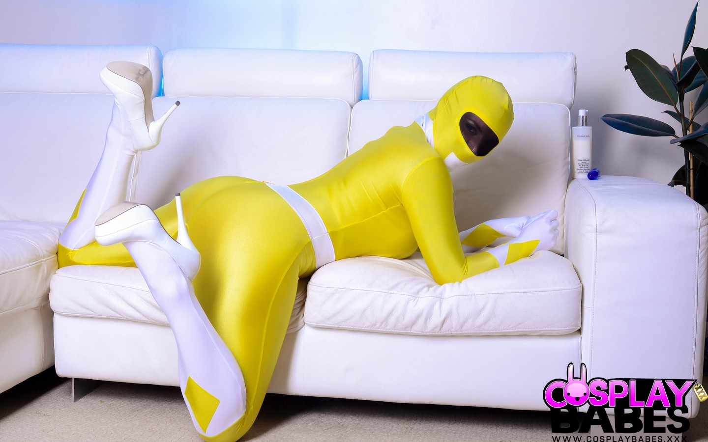 Cosplaybabes yellow power ranger with big tits - 1 part 1