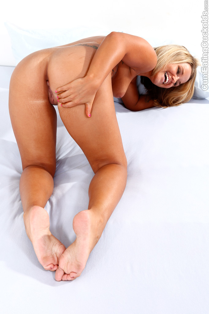 Wife letting her cuckold husband eat out cum filled cunt