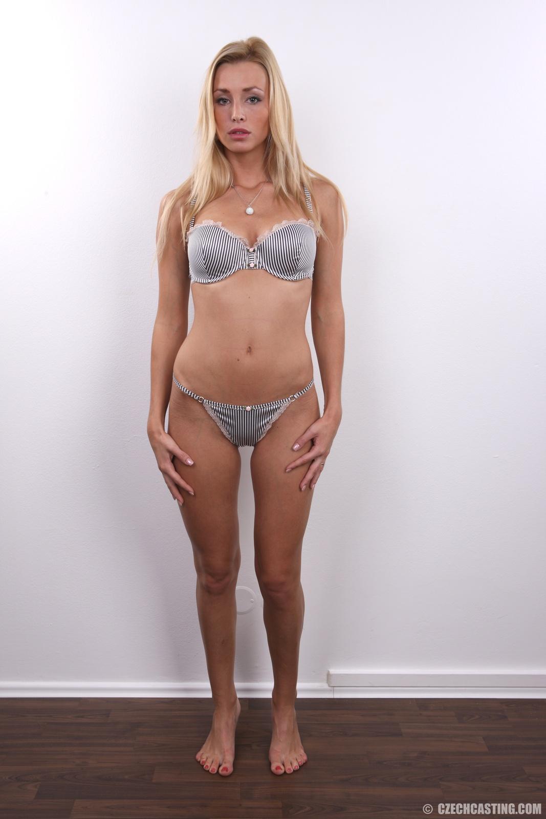 image Babe cannot wait to start sex