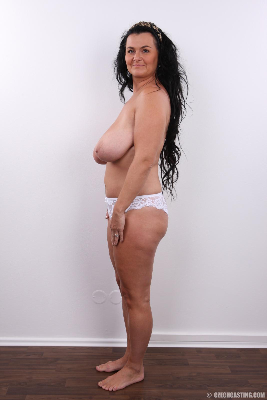 Claudia schiffer paparazzi nude