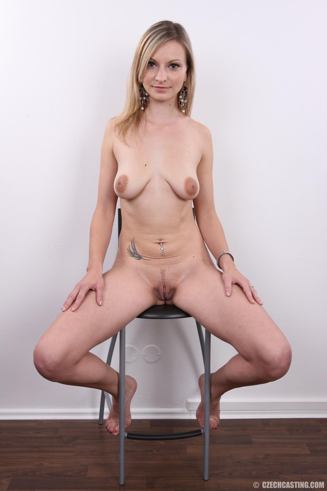 Hot naked girls ass