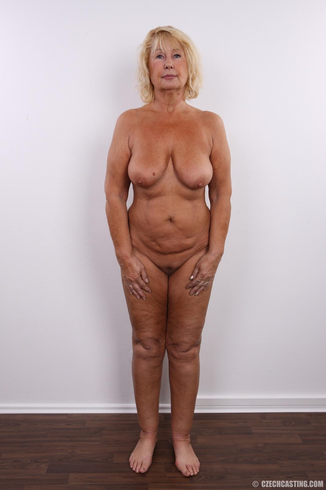 Czech casting granny